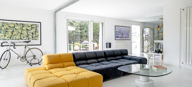 trnasformation-old-garage-industrial-simple-bright-home-inspiration